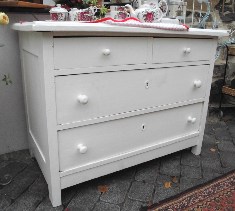 kleine kommode shabby chic mit schubladen anschauen ebay. Black Bedroom Furniture Sets. Home Design Ideas